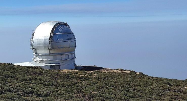 fibra óptica para monitorizar el volcán