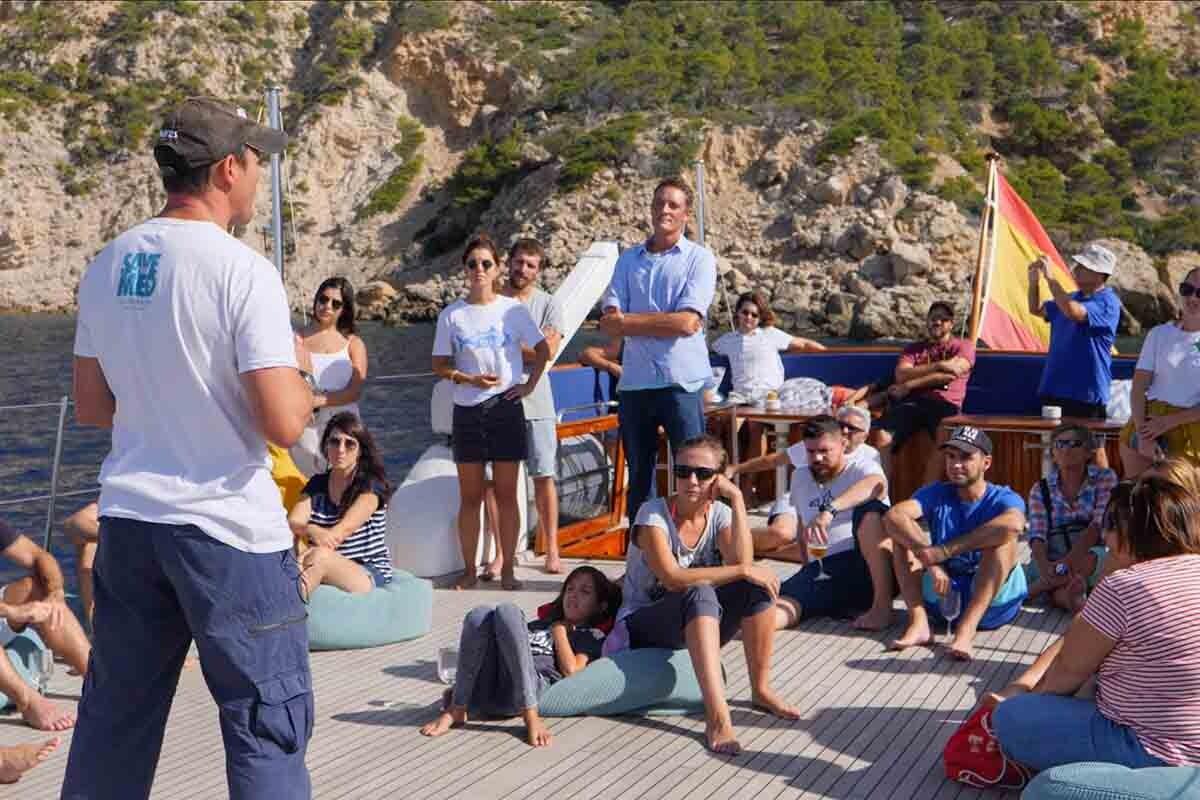Save the Med fomenta un estilo de vida más responsable con el medio marino.