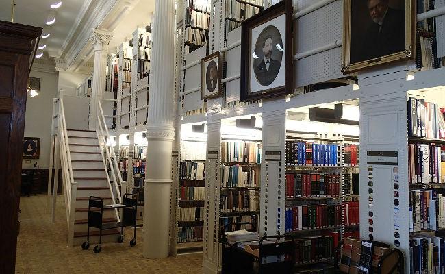 universidad-biblioteca