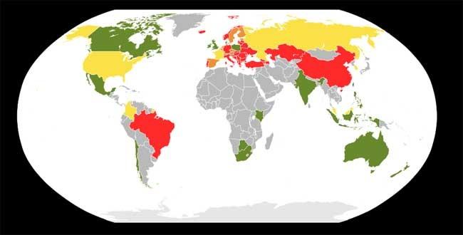En verde, los países donde el homeschooling es legal. En amarillo, donde lo es un algunas regiones, y en naranja, donde es ilegal pero no se persigue.