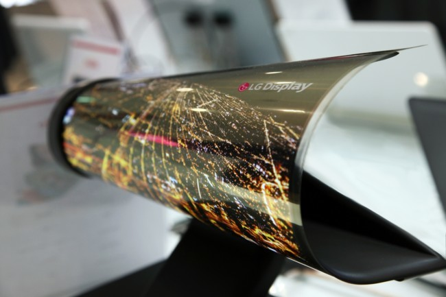 CES 2016 LG flexible display