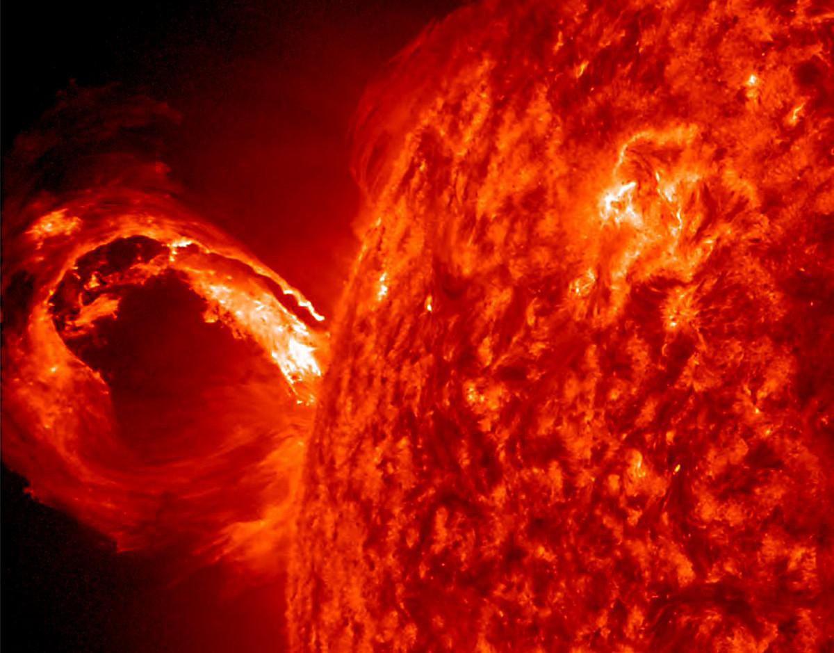 corona-solar-eyeccion