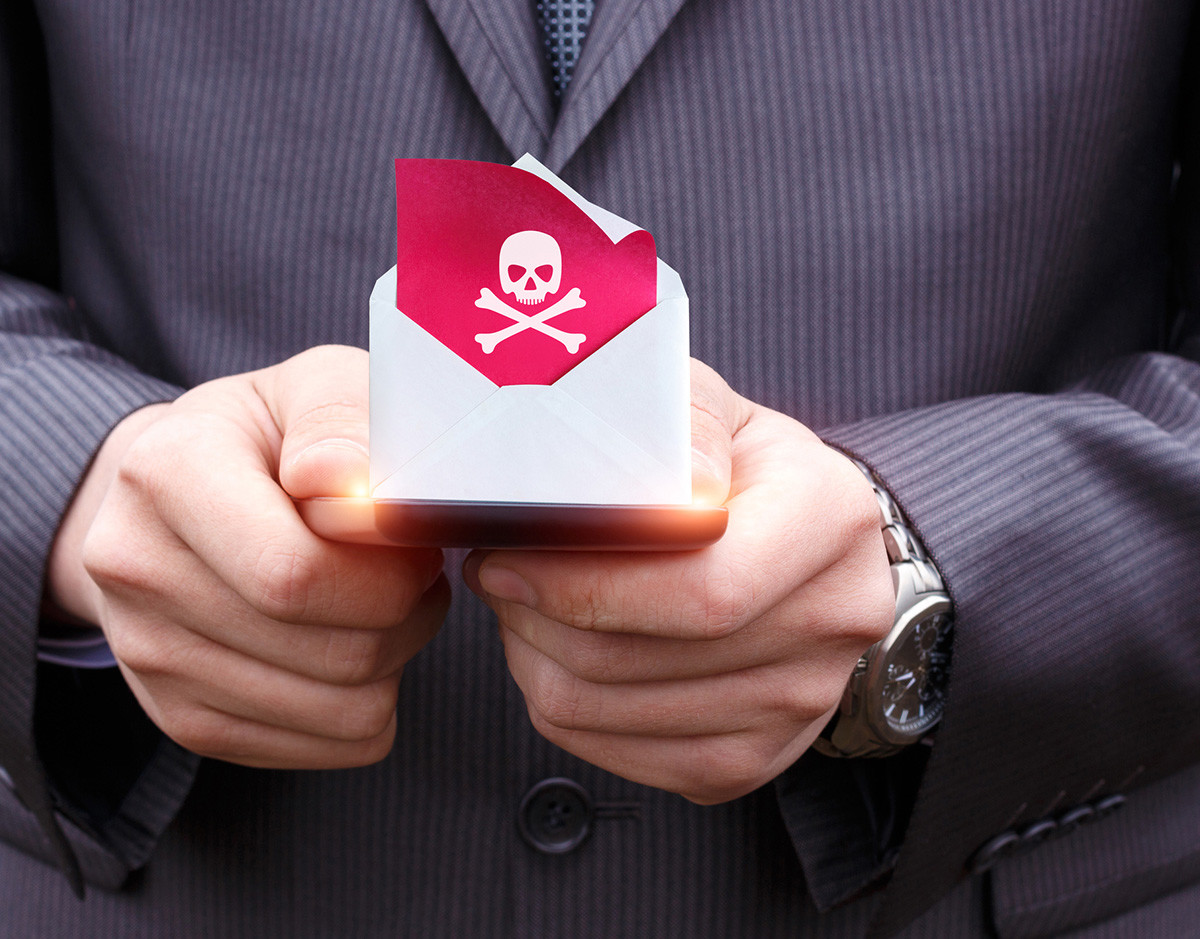 DDoS-ataque-malware-mail