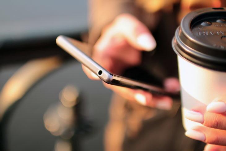 Cómo hacer que el lector de huellas dactilares de su teléfono sea más preciso