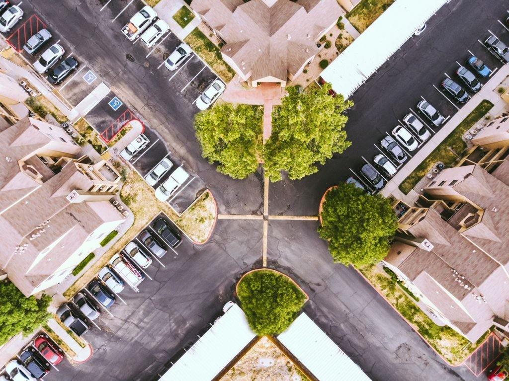 La búsqueda de aparcamiento inteligente reducirá el tiempo que pasamos al volante