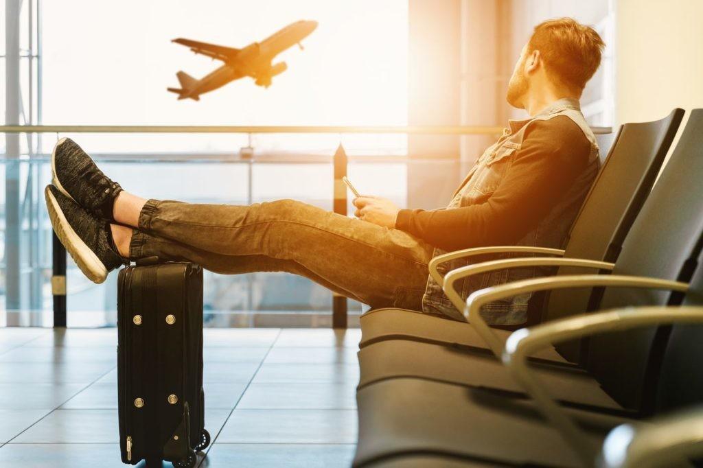 Gracias al Big Data sabemos también cómo suele sentirse cada perfil de viajero antes, durante y después del viaje.