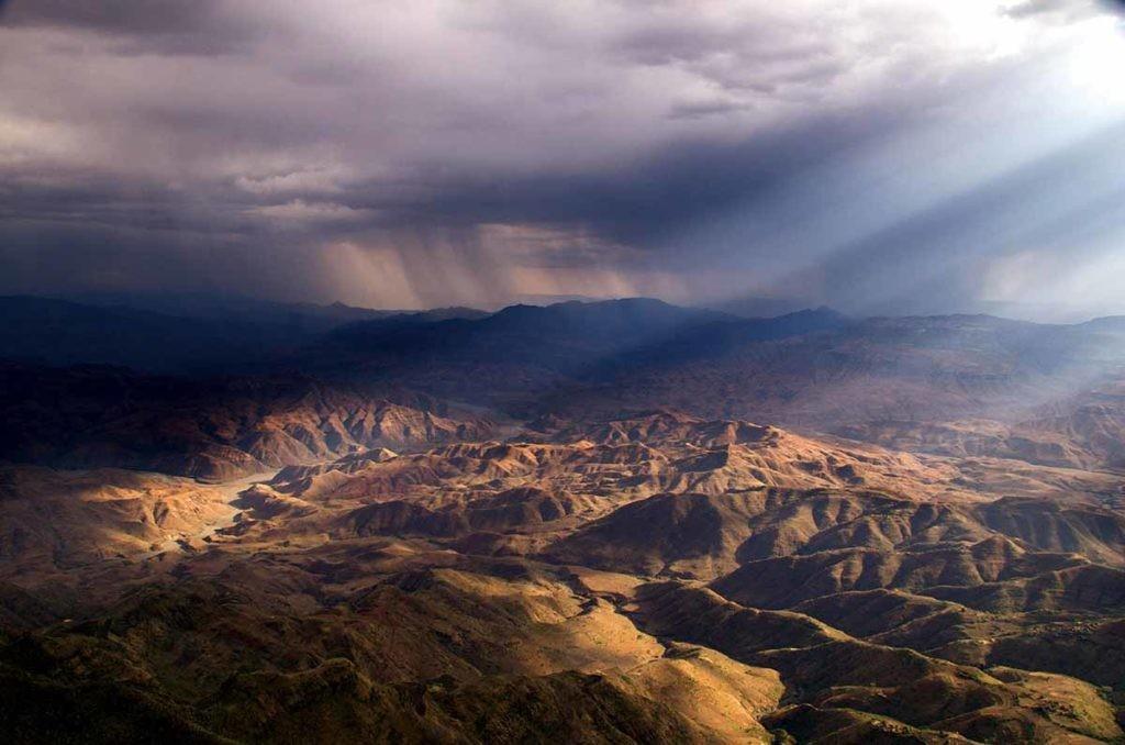 Montañas de Etiopía, país en el que la desertificación acarrea graves consecuencias.