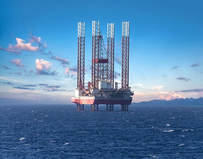 mediterraneo contaminacion estacion petrolera