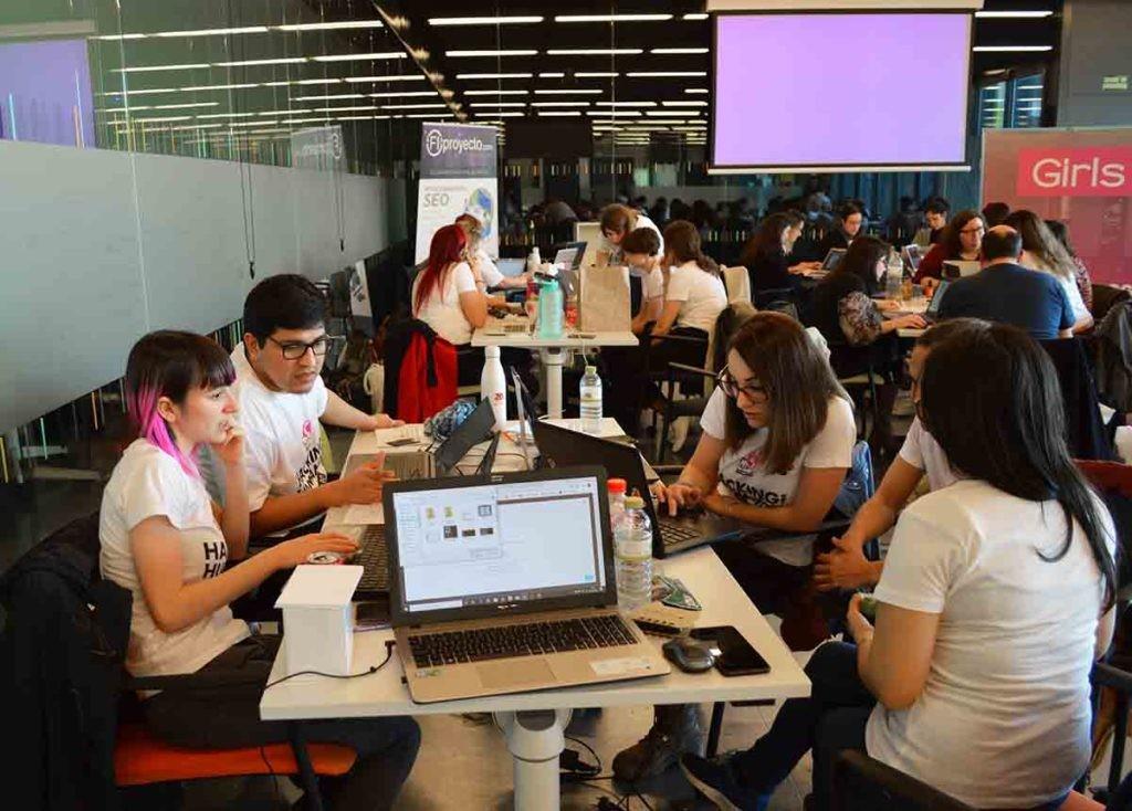 Hackaton alrededor de la ELA, primera edición del Hacking for Humanity (H4H) de Girls in Tech Spain. Equipo Open Minded.