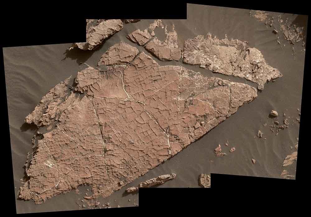 restos del lago en el cráter Gale de Marte