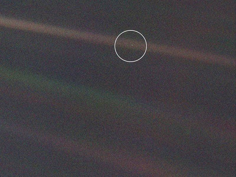 pale blue dot, foto tomada por Voyager 1