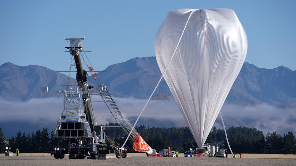 misión con un globo aerostático