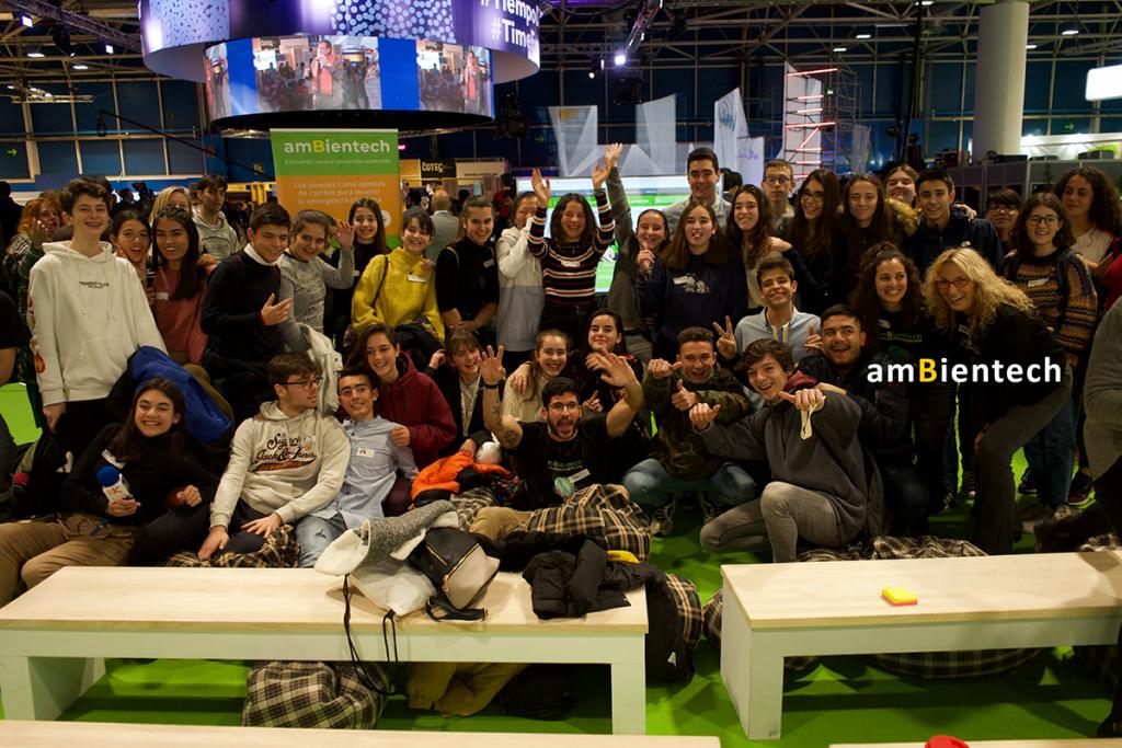 Participantes de un evento de la COP 25 organizado por Ambientech.