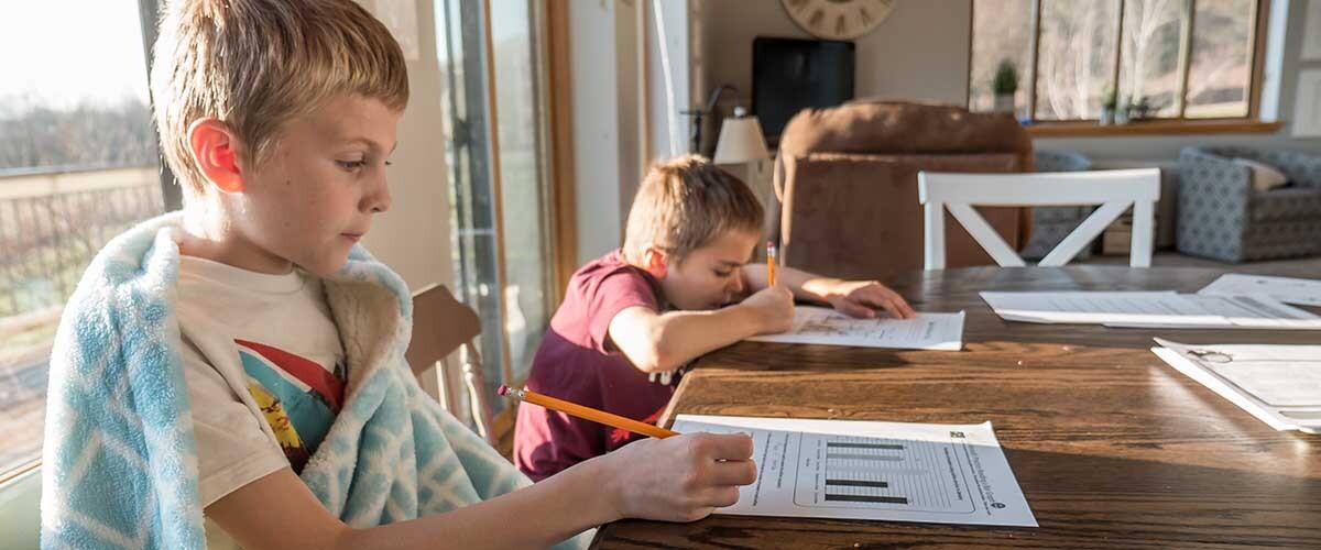 ATENT@ es un proyecto que busca ayudar en sus tareas a niños con déficit de atención e hiperactividad (TDAH).