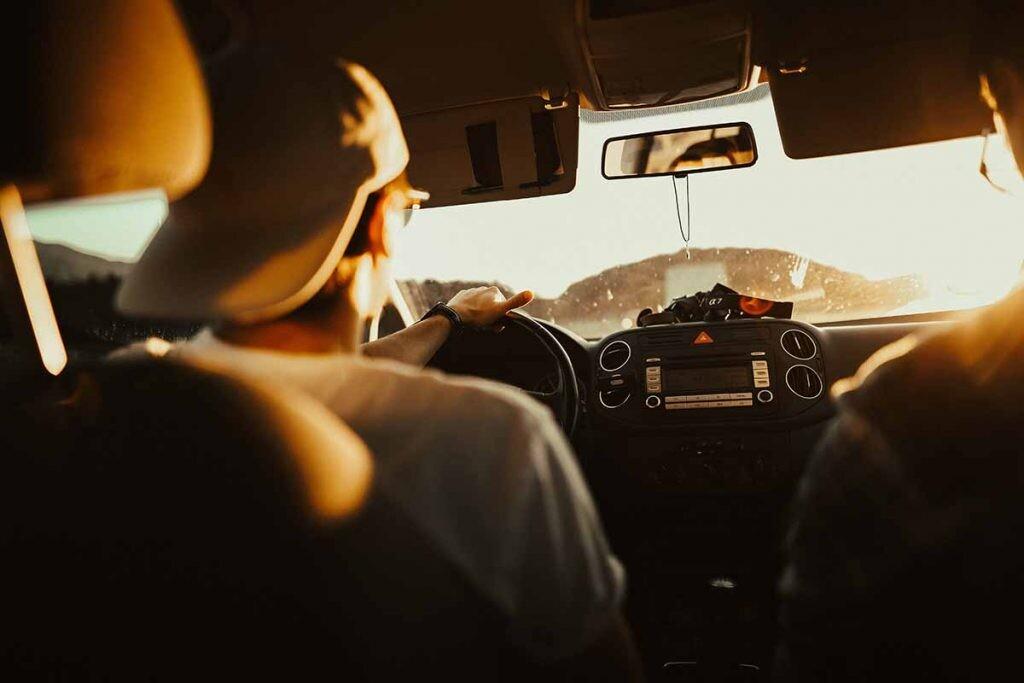Blablacar es una app que ayuda a llevar una vida más sostenible al facilitar compartir coches en trayectos largos.