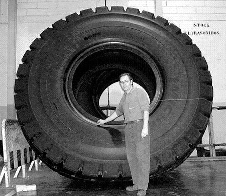 Trabajador de Michelin en Vitoria