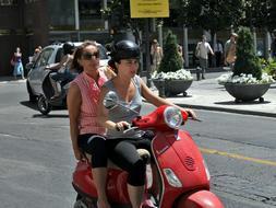 ciclomotor adolescentes