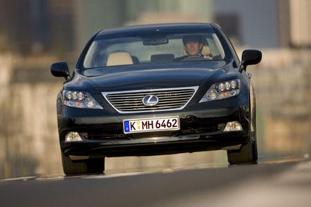Lexus LS 600h