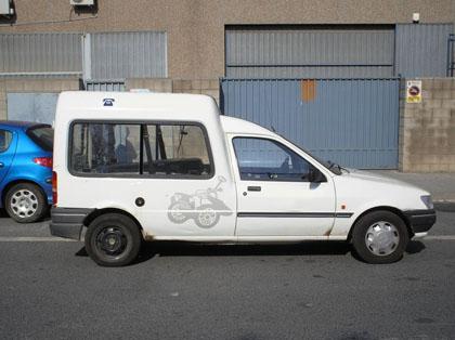 furgonetareparto.jpg