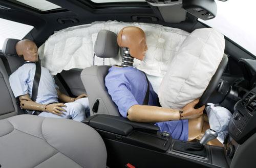 Cinturones y airbags en el habitaculo
