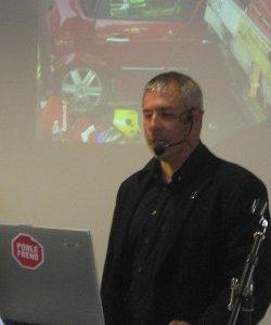 Miquel Bort, impartiendo un taller de Seguridad Vial