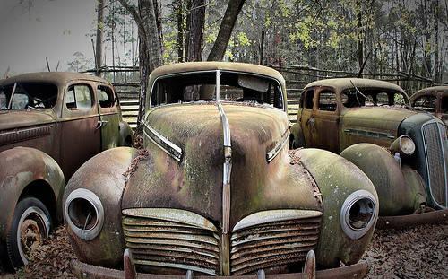 Los coches antiguos comprometen la seguridad de sus ocupantes