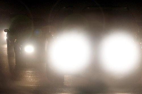 Deslumbramiento por mala utilización de las luces de largo alcance