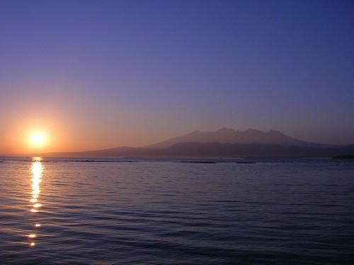 Salida del sol en las islas Gili