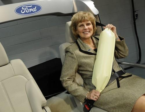 Cinturon de seguridad con airbag
