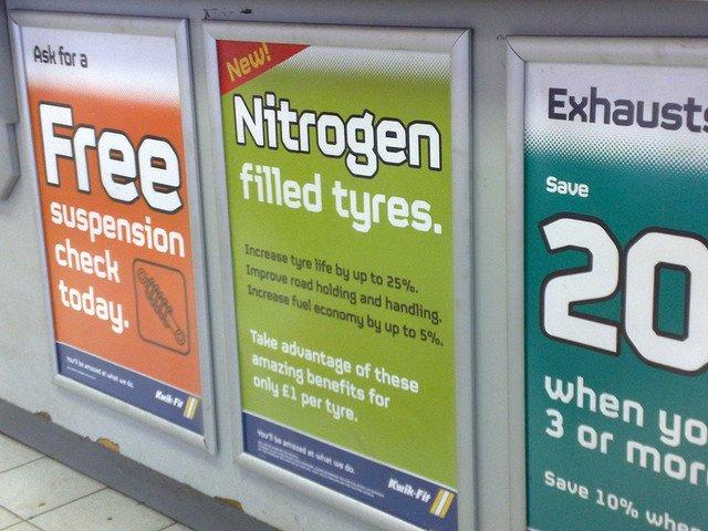 Publicidad sobre el inflado de ruedas con nitrógeno