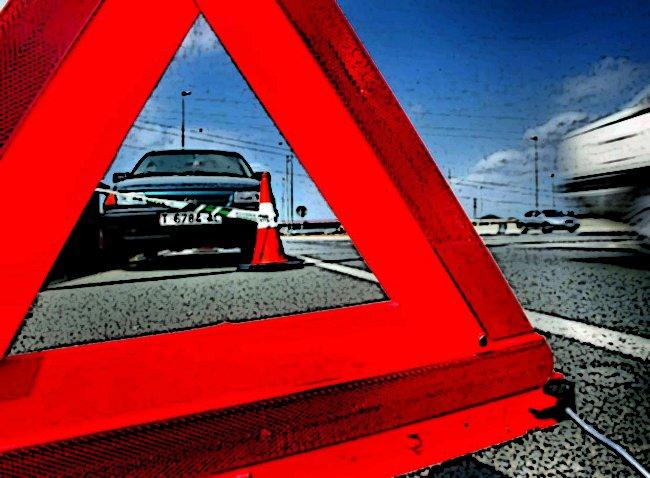 triangulo_seguridad_carretera.jpg