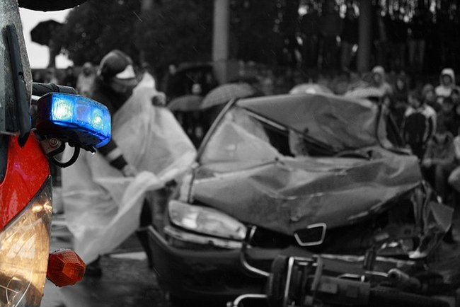 accidente de tráfico jóvenes
