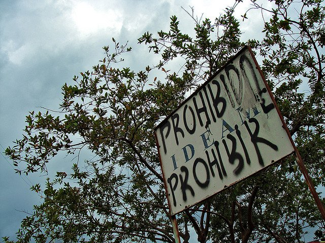 prohibido-prohibir.jpg