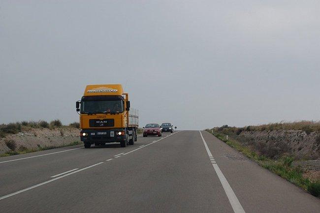 Camión y cola por sergis blog