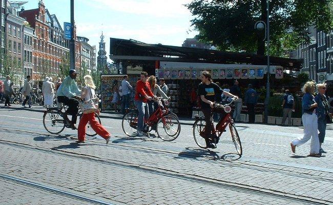 Circulación en el centro de Amsterdam