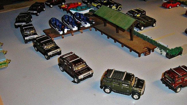 Convoy de vehículos de juguete