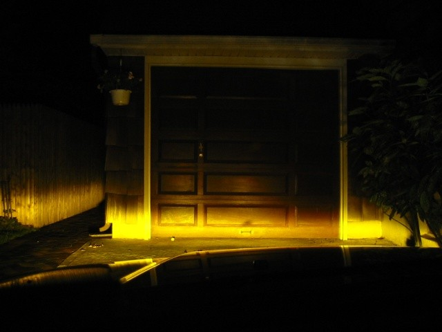 Iluminación de faros de color amarillo selectivo
