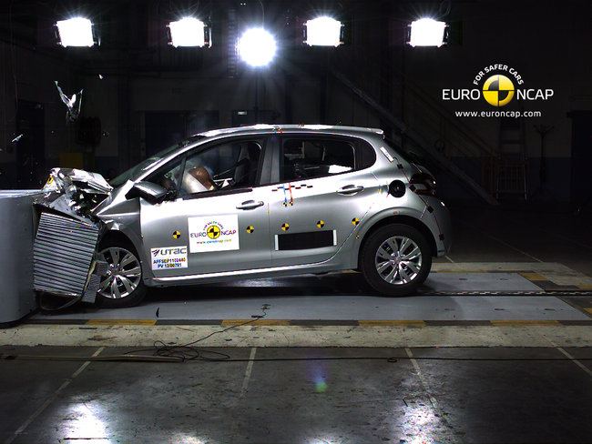 Crash test del Peugeot 208