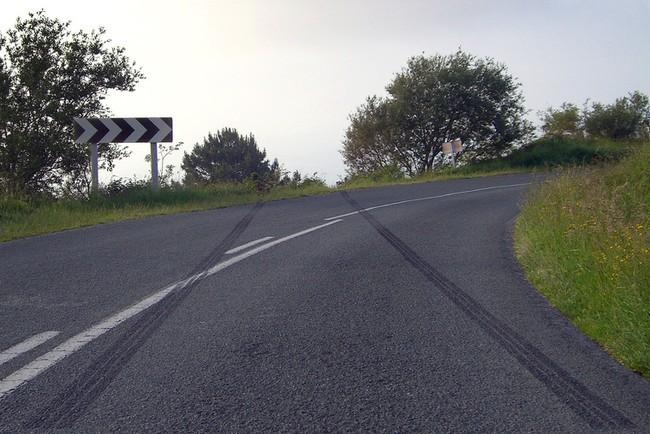 Frenazo y salida de vía