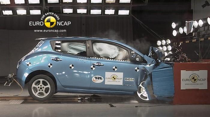 EuroNCAP-Nissan-LEAF-2011-1-700px