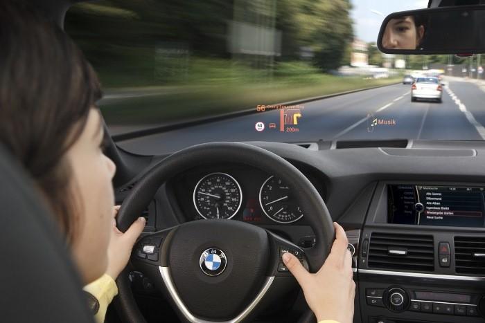 BMW-HUD-1