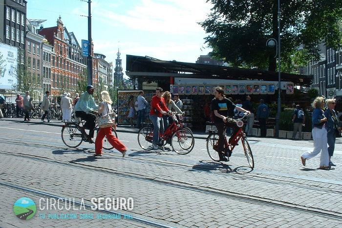 seguridad-de-los-ciclistas-amsterdam