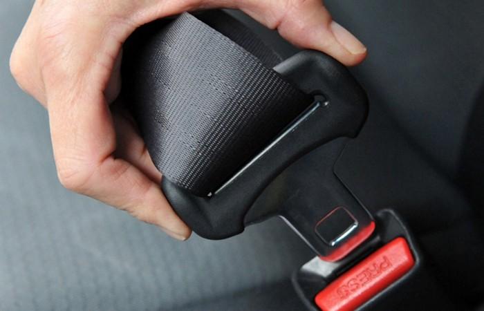 cinturon-de-seguridad-anclaje