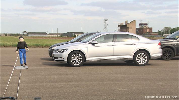 Euro NCAP analizará los sistemas de detección de peatones con frenada de emergencia