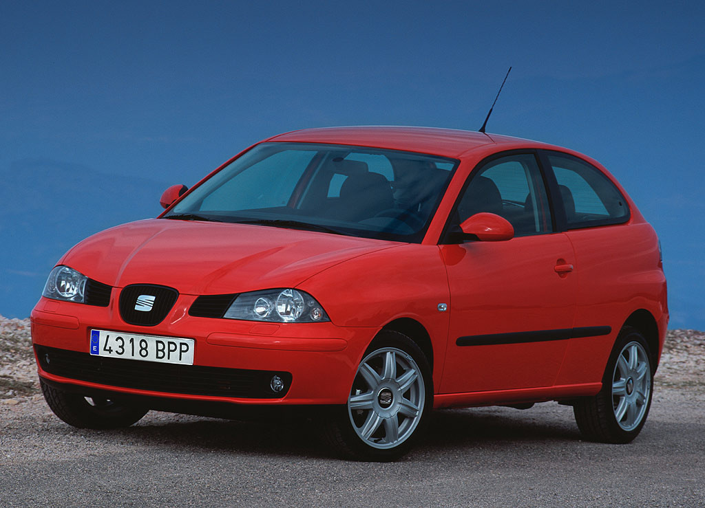 Una opción aceptable como coche de segunda mano es un Ibiza de 3ª generación con controles de estabilidad y airbags.