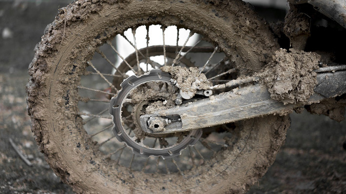 neumático barro