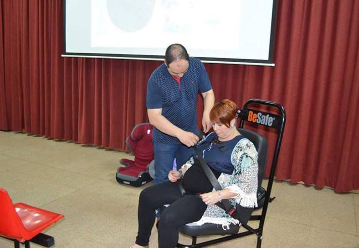 Ricardo Alemán explica la importancia de ajustar bien el cinturón