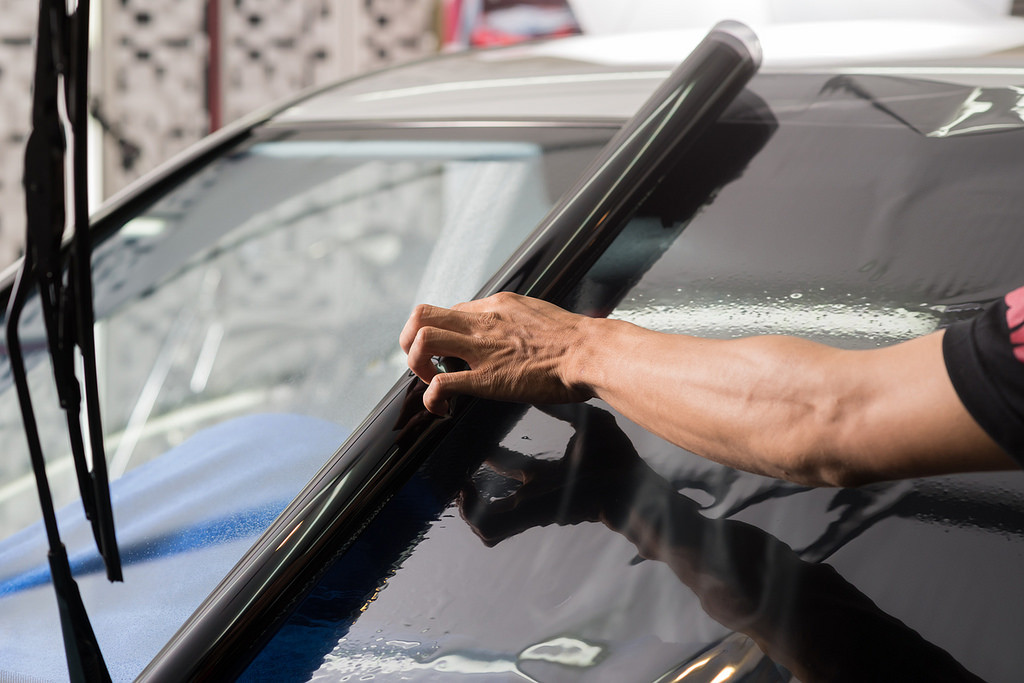 Lunas tintadas para el coche tipos ventajas y - Quitar rayones coche facilmente ...