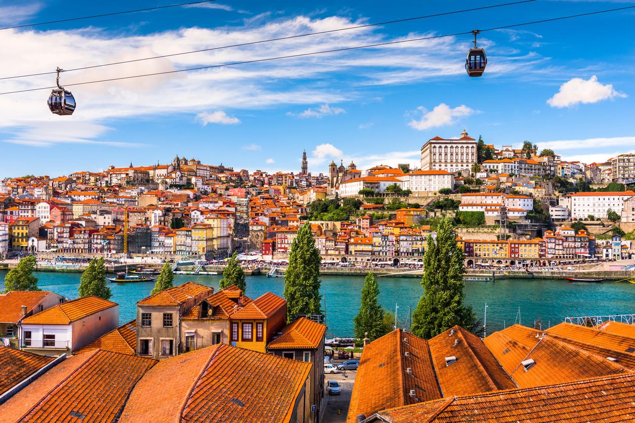teleferico en la ciudad de Oporto