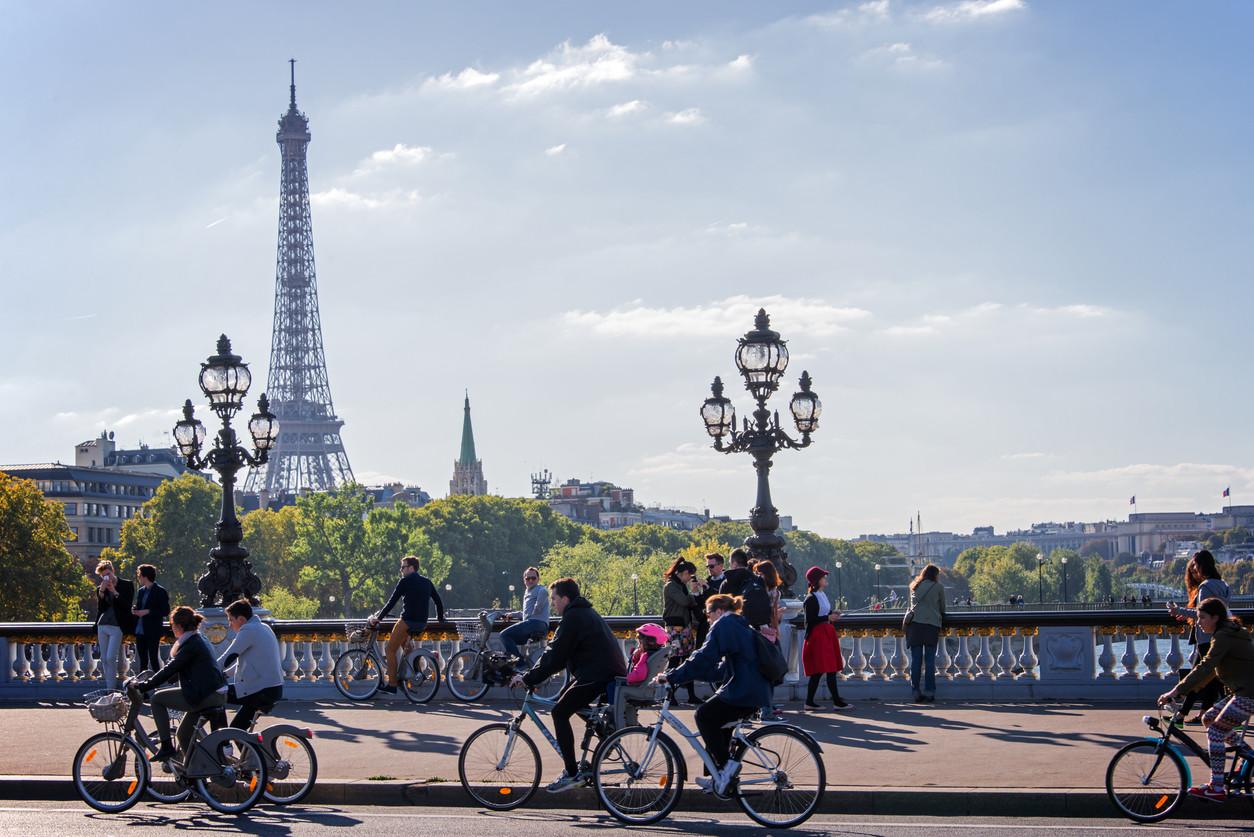 Bicicleta por la ciudad de París